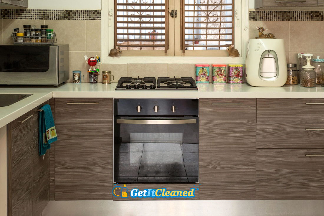 Eco-Friendly Ways to Clean Your Oven